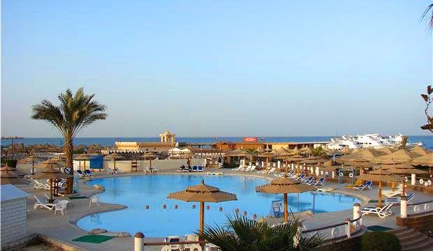 aladdin-beach-resort-4
