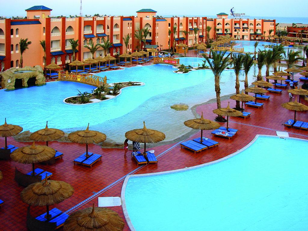 aqua-hotel-resort-spa-4