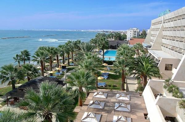 Palm Beach Hotel & Bungalows 5*
