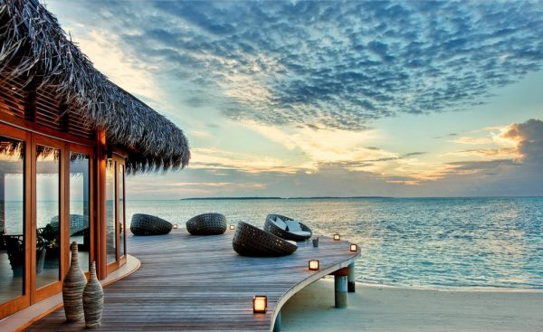 Hideaway Beach Resort & Spa Maldives 5*